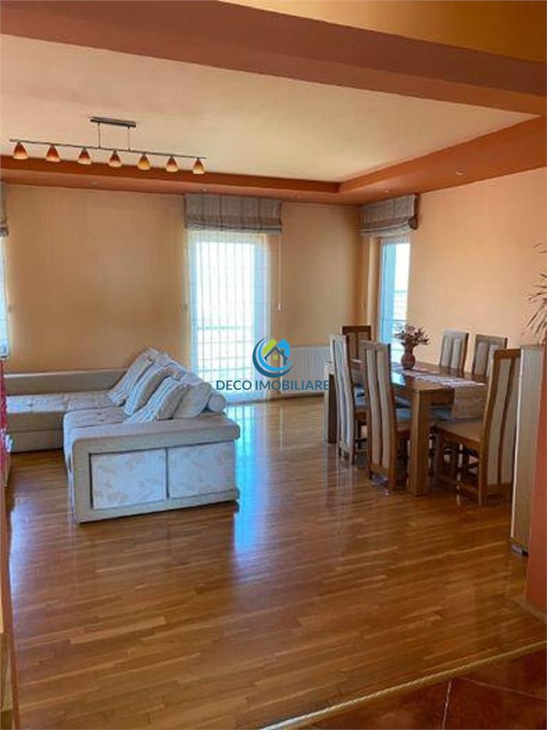 Apartament 3 camere in A. Muresanu, parcare, confort lux