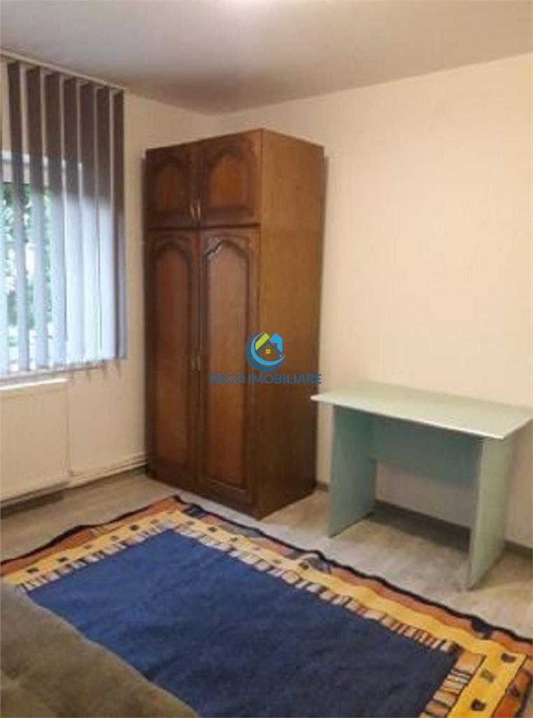 Apartament 2 camere decomandat, 54 mp, in Manastur, zona Sirena