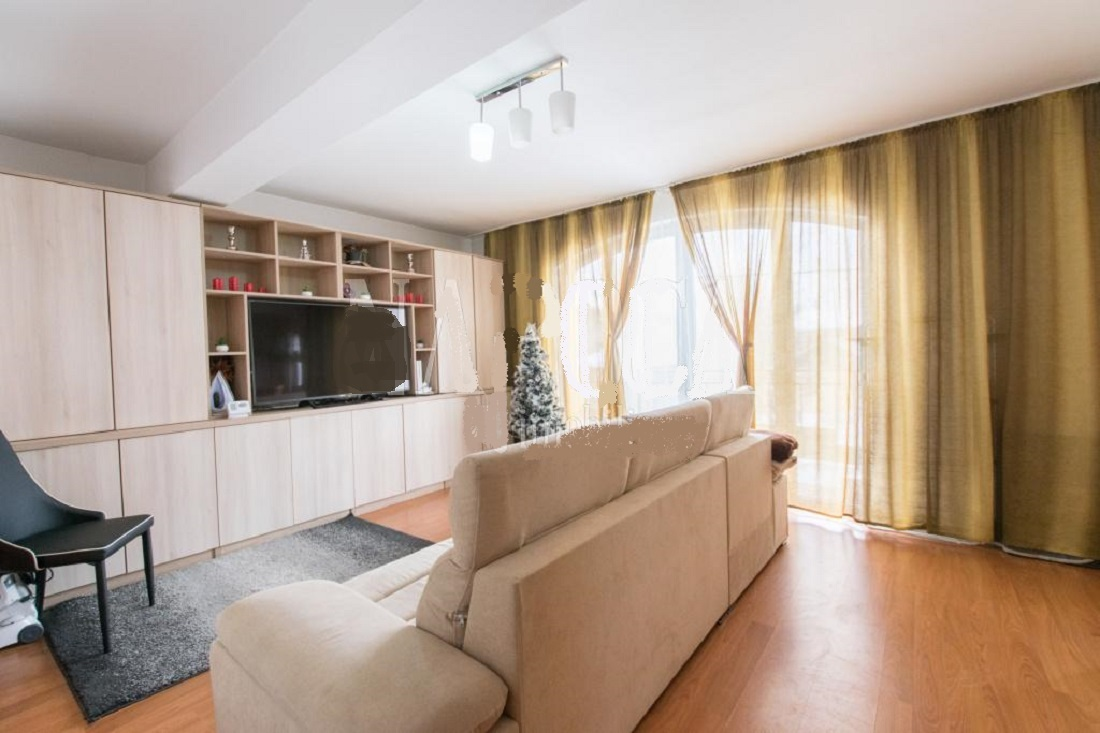 Apartament 4 camere pe 2 niveluri in A.Muresanu, zona strazii Paltinis