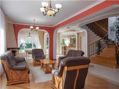 Casa individuala pentru locuinta/birou 655 mp si 15 parcari in Grigorescu