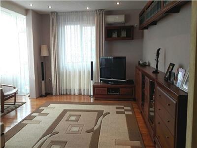 Apartament 4 camere de 120 mp si 3 parcari, Gradina Botanica