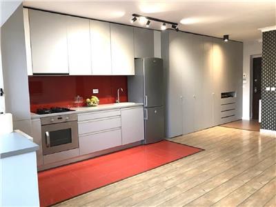Apartament 2 camere finisat lux cu parcare proprie, Floresti, strada Florilor