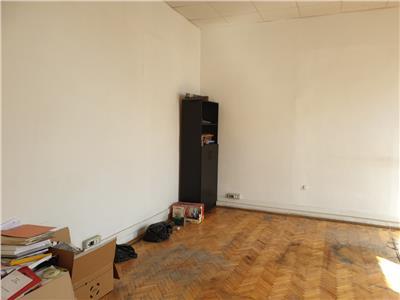 Spatiu de birou, 3 camere, 89 mp, Dorobantilor, Tribunal