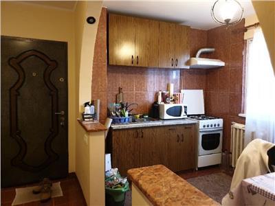 Apartament 2 camere decomandat in Grigorescu, Lic. O. Ghibu
