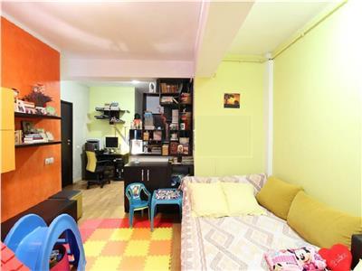 Apartament 2 camere decomandat cu parcare in Zorilor, str. Padurii