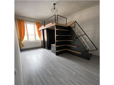 Vanzare  Apartament 3 camere in Centru, Opera Magiara
