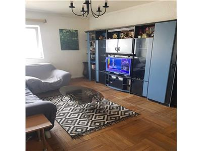 Apartament de 3 camere decomandat in Gruia, zona Stadion CFR