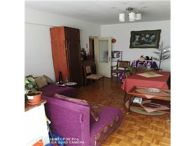 Apartament 3 camere decomandat cu garaj in Gruia, zona Stadion CFR