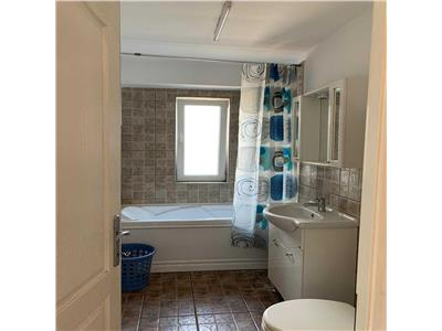 Apartament 3 camere confort sporit in Hasdeu, Platinia