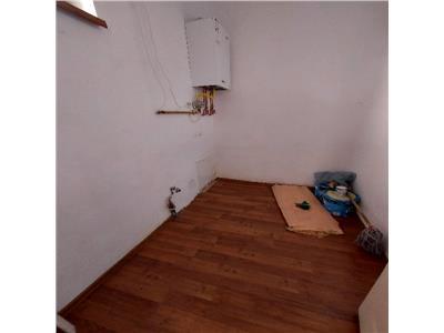 Casa individuala Semicentral cu 4 camere de vanzare