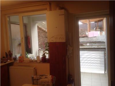 Vanzare Apartament 1 camera in Plopilor, Lukoil