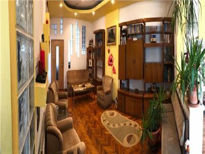 Apartament 3 camere confort sporit, finisat si mobilat,  zona Horea